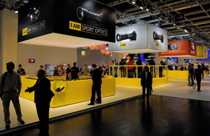 Nikon-Booth-Photokina_2010_300.jpg