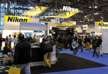 Nikon-booth_350.jpg